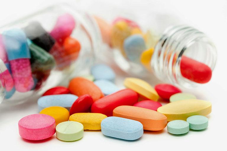 Dùng thuốc Tây y trị bệnh viêm họng