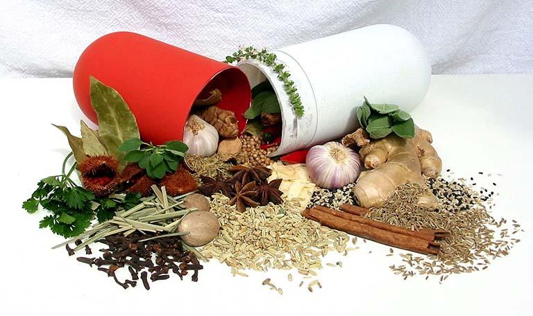 trị bệnh đau dạ dày bằng cây thuốc nam có an toàn không