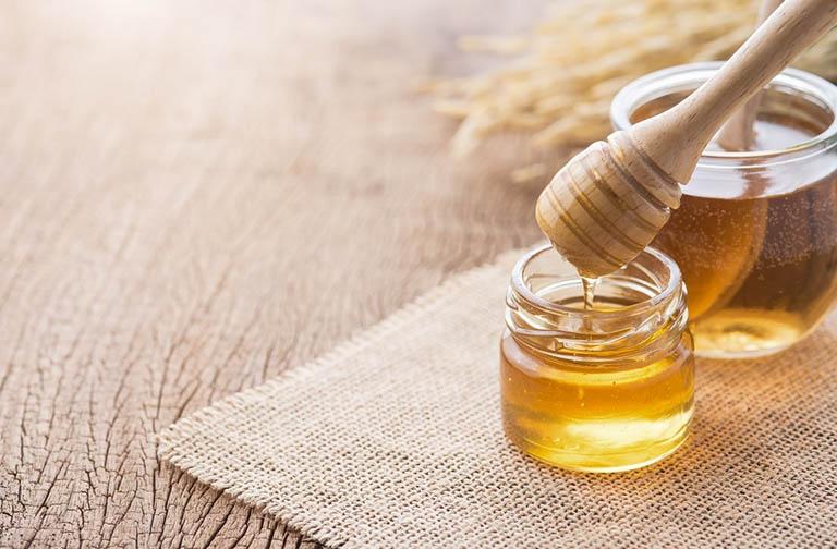 Chữa viêm amidan bằng mật ong được nhiều người bệnh tin tưởng áp dụng
