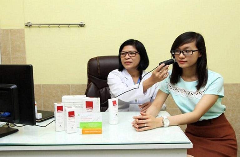 PGS. TS. Bác sĩ Trần Lan Anh - Bác sĩ chữa viêm da cơ địa giỏi ở Hà Nội