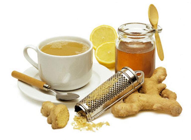 Uống trà gừng giúp giảm các triệu chứng đau, rát, khó chịu ở họng