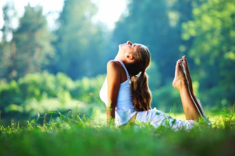 Giữ tinh thần thoải mái là cách giúp kiểm soát và ngăn ngừa bệnh chuyển biến nặng rất tốt