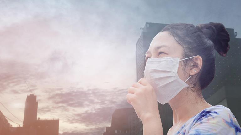 Làm việc trong môi trường ô nhiễm có thể bị viêm họng đỏ