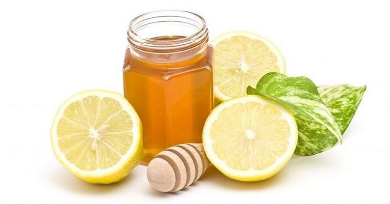 Bà bầu bị viêm amidan nên uống nước chanh mật ong