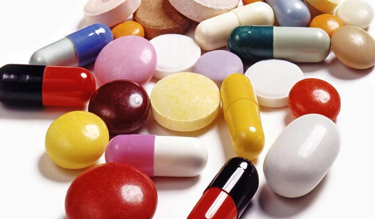Thuốc kháng sinh ức chế chứng bệnh nhanh nhưng có thể gây ra nhiều tác dụng phụ