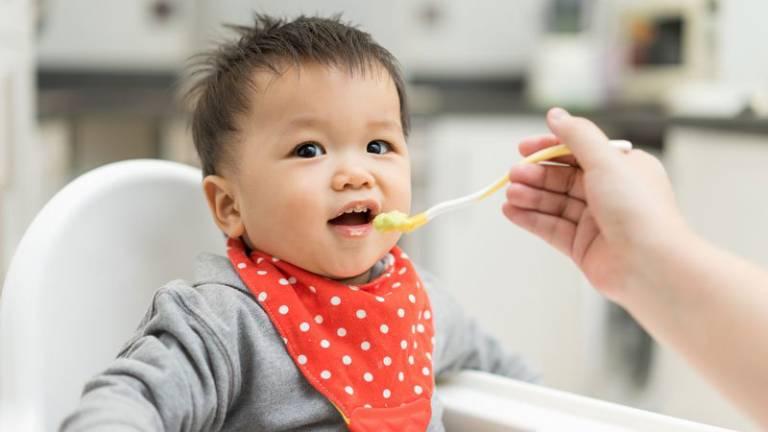 Đồ ăn mềm và dễ nuốt phù hợp với trẻ bị viêm amidan