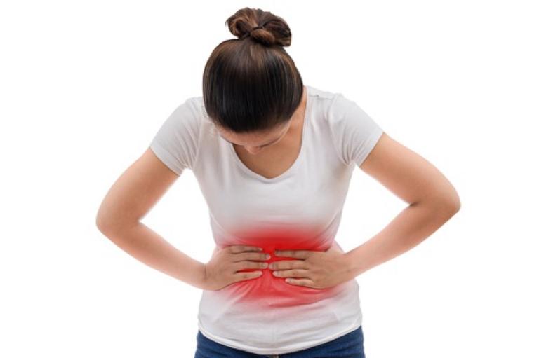 Xuất hiện các cơn đau âm ỉ hoặc quặn thắt ở vùng thượng vị là triệu chứng điển hình của bệnh