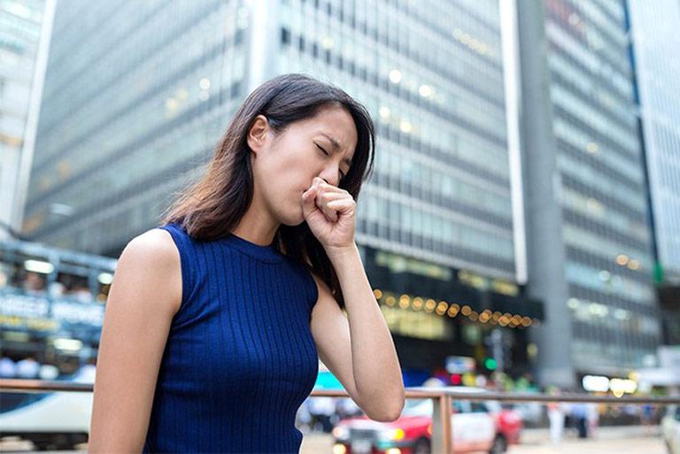 nguyên nhân họng bị viêm