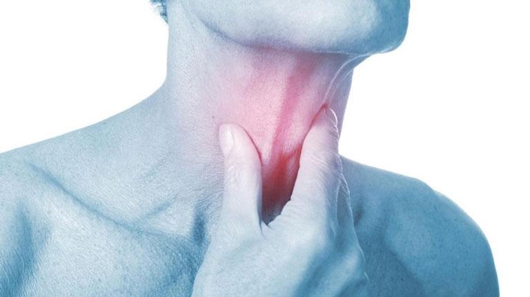 Biến chứng của đau họng đau tai dẫn đến nhiễm trùng máu, ung thu vòm họng