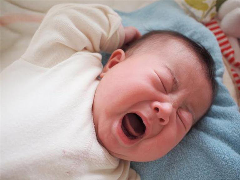 Viêm họng ở trẻ sơ sinh