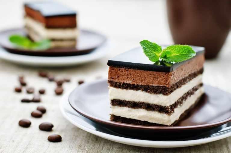 Bánh ngọt chứa nhiều carbohydrate tinh chế tác động xấu đến sức khỏe sinh lý nam