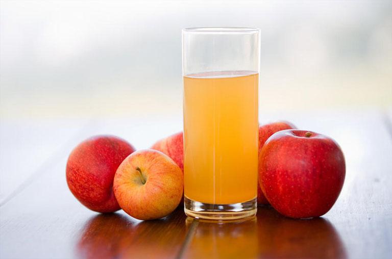 Sau khi cắt amidan khoảng 1 tuần, người bệnh có thể uống nước trái cây