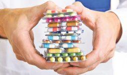 Khi sử dụng thuốc tây trị viêm họng cho trẻ, cha mẹ cần tuân thủ theo hướng dẫn của y, bác sĩ