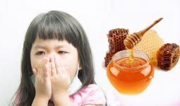 cách trị ho cho trẻ bằng mật ong