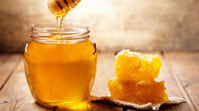 Điều trị ho khan bằng mật ong