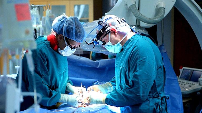 cắt amidan có được hưởng bảo hiểm không