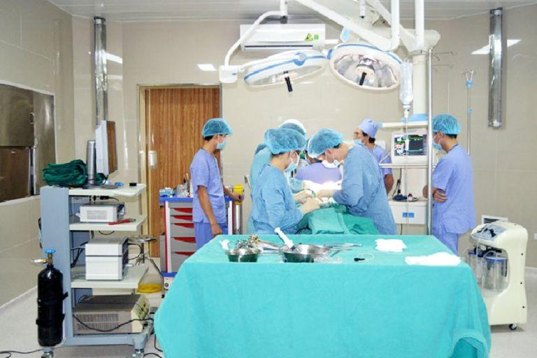 Hiện nay nhiều người lựa chọn bệnh viện tư nhân để cắt amidan vì không phải chờ đợi lâu
