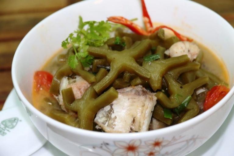 Xương rồng nấu cá lóc là món ăn bài thuốc có tác dụng hỗ trợ điều trị bệnh rất tốt