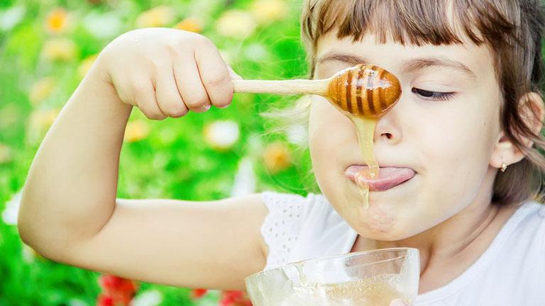 Mật ong có rất nhiều loại, bởi vậy, không dễ chọn đúng loại cho bệnh đau họng