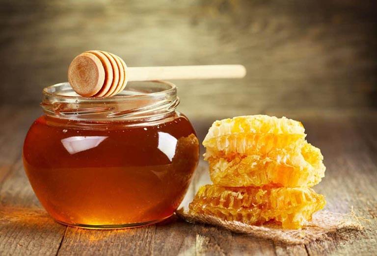 Chữa viêm phế quản bằng mật ong là một phương pháp được nhiều người ưa chuộng