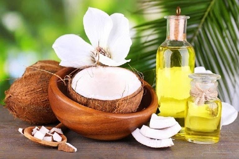 Tinh dầu dừa mang lại nhiều lợi ích cho sức khỏe và sắc đẹp
