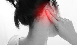 Đau sau tai là một triệu chứng cảnh báo nhiều bệnh lý nguy hiểm