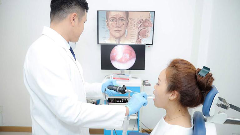 Nội soi mũi cũng có thể được chỉ định để kiểm tra trạng thái của mũi và xoang