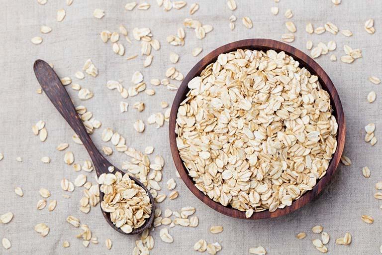 Chất xơ trong ngũ cốc tinh chế giúp thấm hút dịch vị dư thừa và giảm mức độ của đau thượng vị