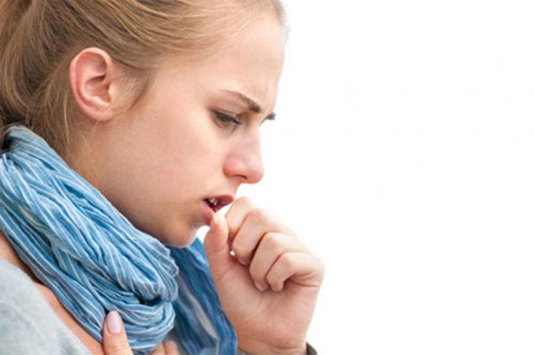 Ho khan có đờm nếu không xử lý kịp thời sẽ gây nhiều ảnh hưởng tới sinh hoạt và sức khỏe