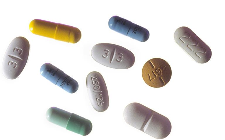 Thuốc Cephalosporin có thể gây ra một số tác dụng phụ như Penicillin