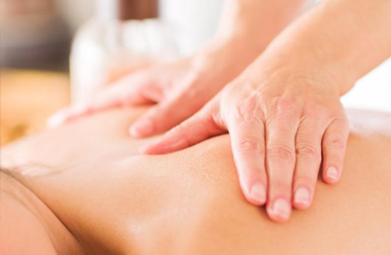 Massage giúp đẩy lùi tình trạng đau nhức, thư giãn thần kinh và cơ bắp