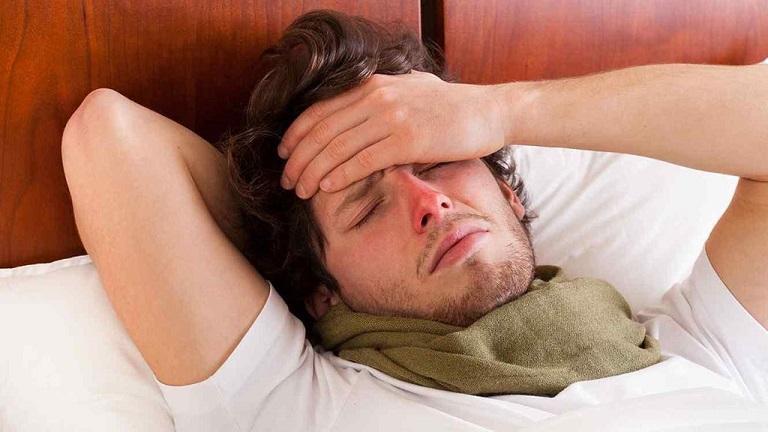 Người bị viêm mũi dị ứng làm sao để sống chung với máy lạnh
