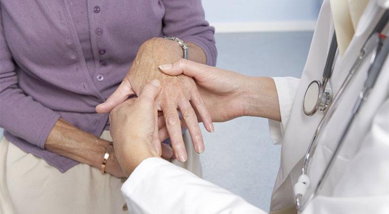 chẩn đoán thoái hóa khớp bàn tay, ngón tay
