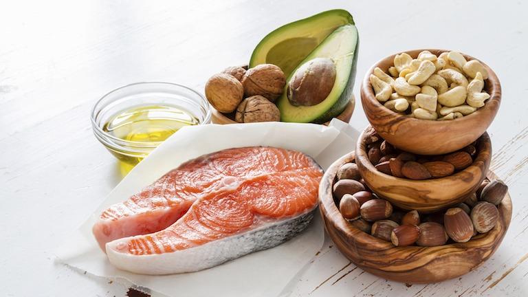 Các loại thực phẩm giàu omega-3 tốt cho người bị thoát vị đĩa đệm