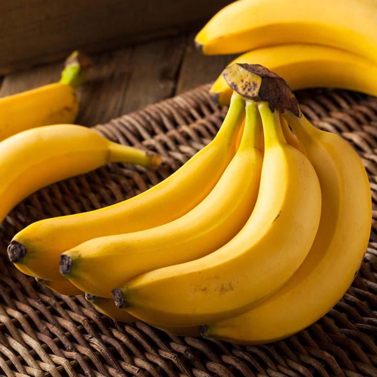 Chuối giàu chất xơ pectin giúp hỗ trợ dạ dày tiêu hóa thức ăn và trung hòa axit dư thừa