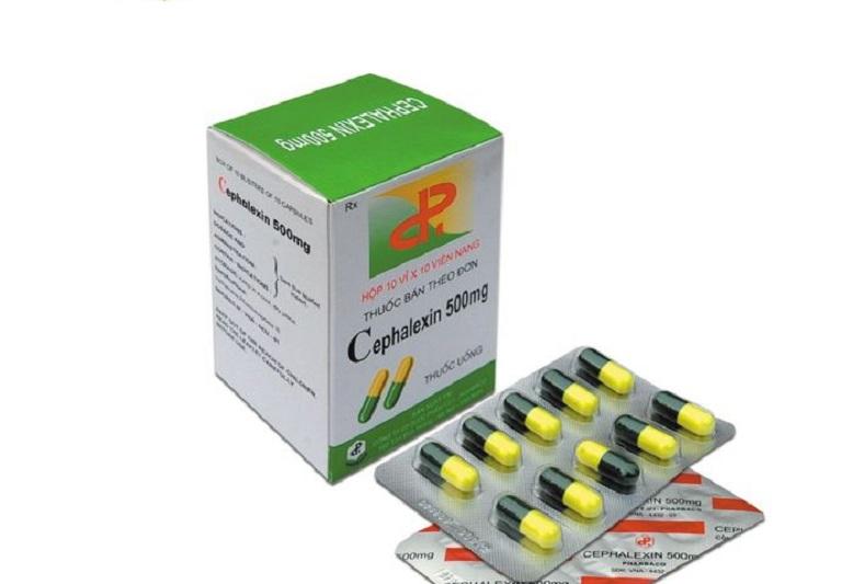 Thuốc Cephalexin được dùng ở dạng uống chữa viêm họng cho cả người lớn và trẻ nhỏ