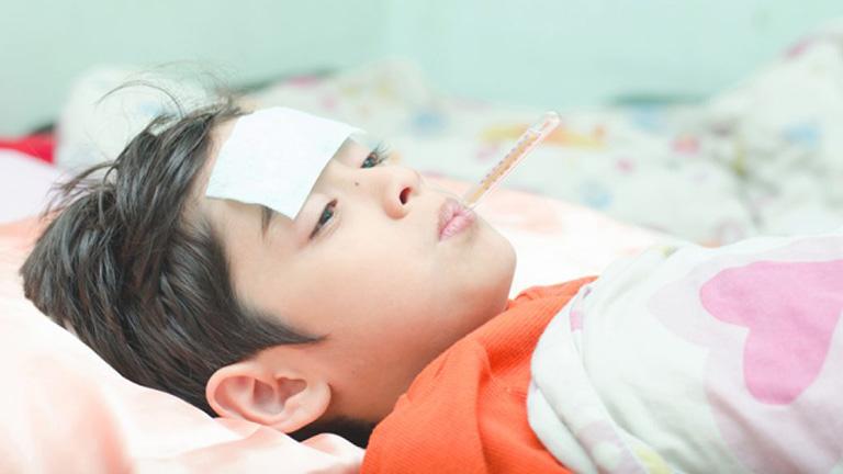 Trẻ bị viêm họng mấy ngày không khỏi có thể do liên cầu khuẩn