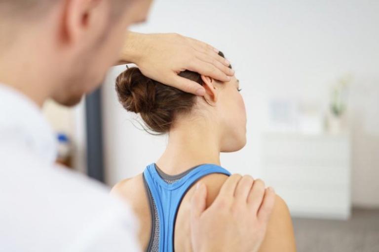 Vật lý trị liệu chữa thoát vị đĩa đệm giúp giảm đau và phục hồi các đĩa đệm bị tổn thương