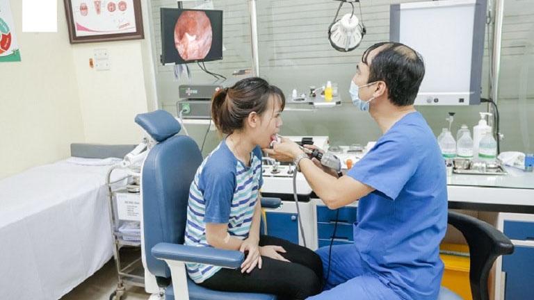 Chỉ khi thăm khám tại bệnh viện, bệnh nhân mới xác định đúng căn nguyên gây bệnh