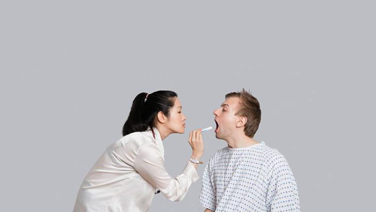 Cần phân biệt viêm họng hạt và ung thư vòm họng để có hướng điều trị thích hợp