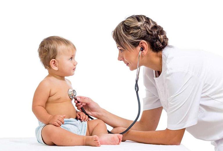 Thăm khám và điều trị Tây y là một phương pháp điều trị viêm phế quản bội nhiễm