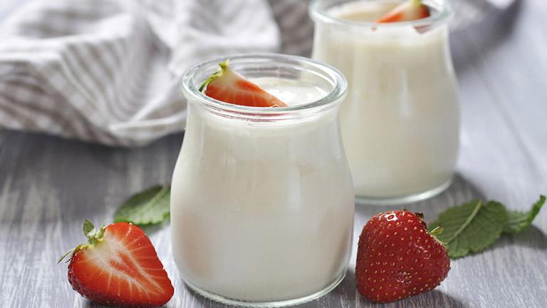 Bổ sung sữa chua trong thực đơn mỗi ngày cho bệnh nhân viêm phế quản