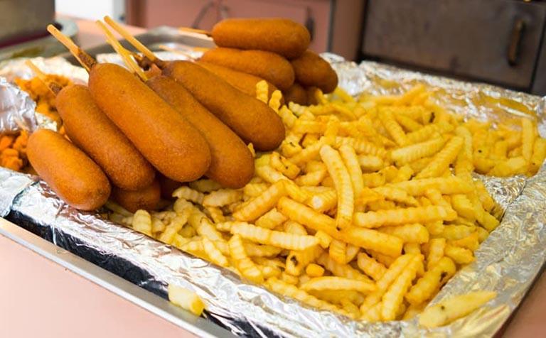 Viêm phế quản cần hạn chế đồ ăn nhiều dầu mỡ