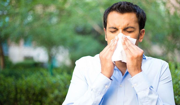 Viêm mũi dị ứng, viêm xoang,... là nguyên nhân gây viêm tai giữa