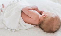 Nhiều trẻ sơ sinh bị viêm tiểu phế quản cũng có thể bị thêm viêm tai giữa