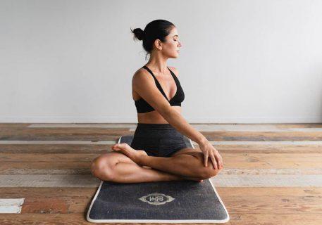 bài tập yoga trị đau thần kinh tọa