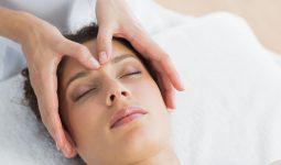 Bấm huyệt trị viêm mũi dị ứng tại nhà