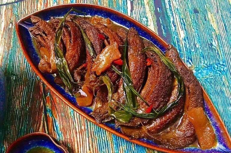 Cá chạch nấu chung với gừng và rượu giúp kích thích ham muốn tình dục ở nam giới
