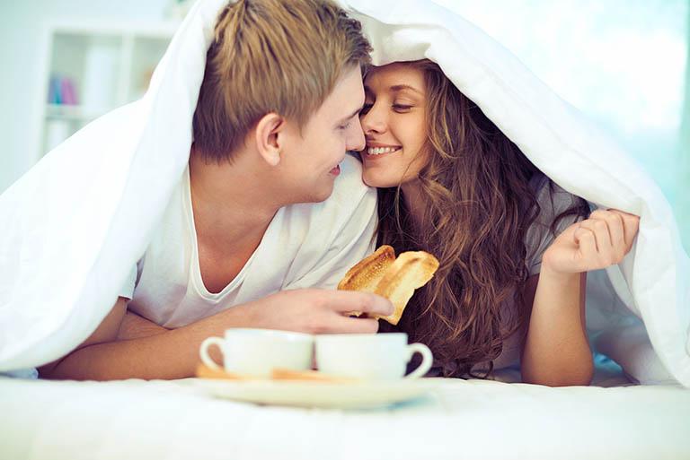 Cách quan hệ tình dục bằng miệng khiến các cặp đôi cảm thấy gắn kết hơn, tình cảm tăng nhanh hơn