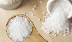 Cách trị gàu bằng muối